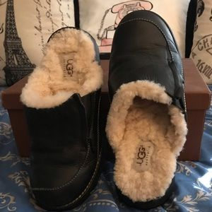 Uggs Comfy mules